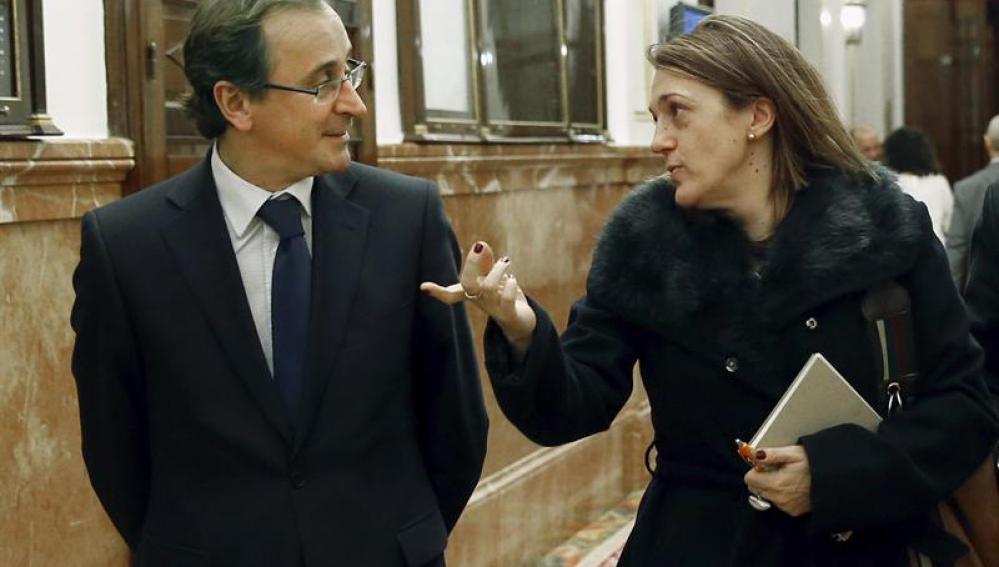 Los portavoces del PP y el PSOE en el Congreso