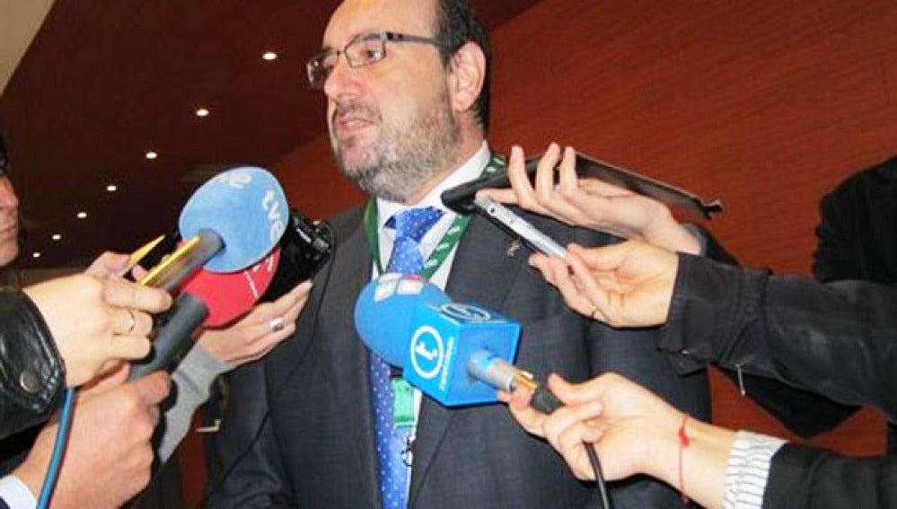 Miguel Borra, secretario general de CSI-F, comparece ante la prensa.