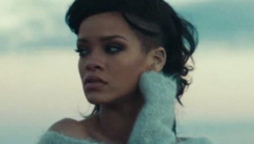 Rihanna, en una imagen de su videoclip 'Diamonds'