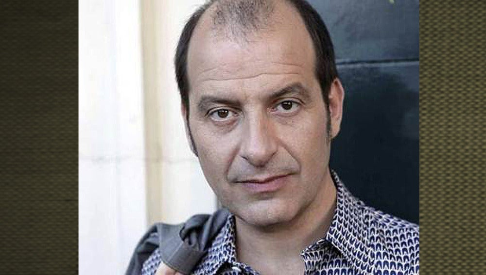 Josep Julien es Vicente Luján