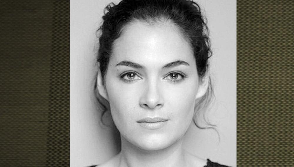 Rocío Muñoz es Carmen GIjón