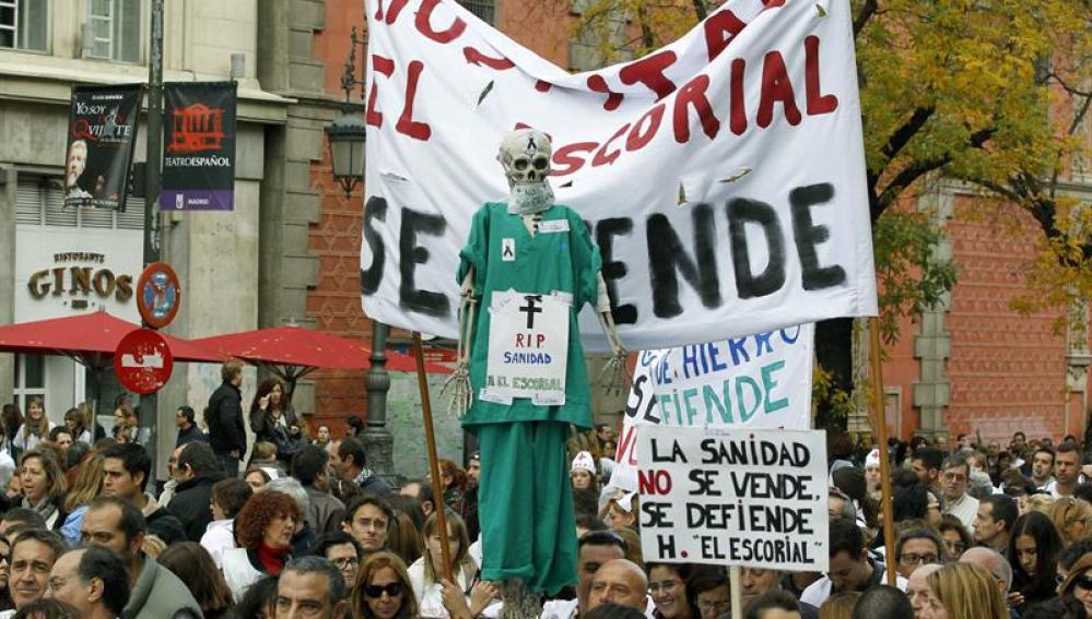 La 'Marea blanca' por las calles de Madrid el pasado 18 de noviembre