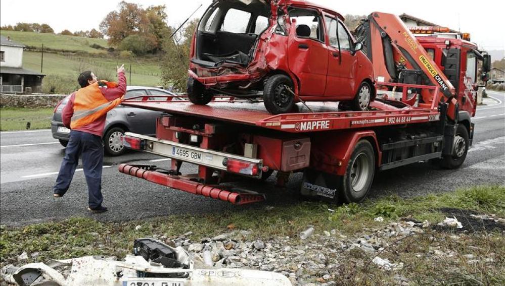 Accidente de tráfico en la N-121-A