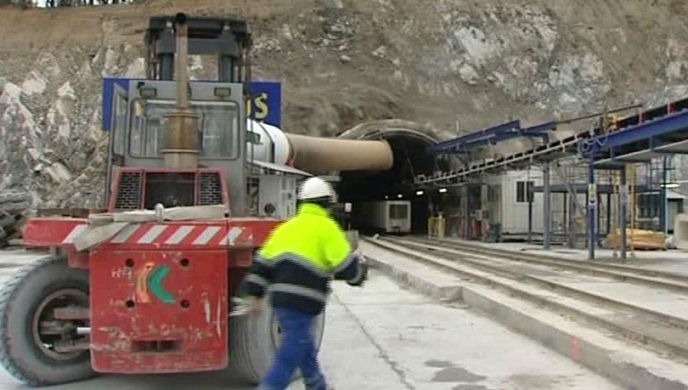Construcción del túnel que atraviesa los Pirineos