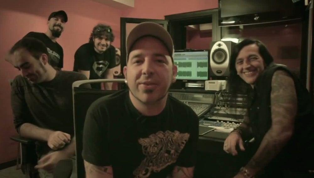 Skunk DF en el estudio