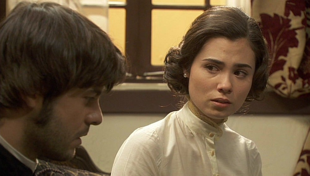 María no es capaz de decirle la verdad a Gonzalo