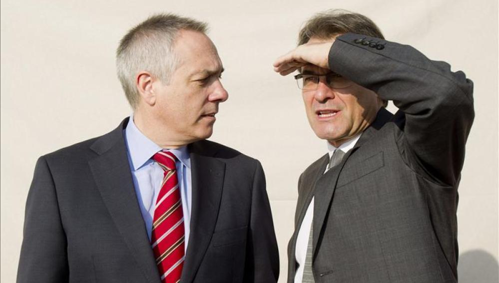 Pere Navarro y Artur Mas en su primera reunión en el Palau de la Generalitat