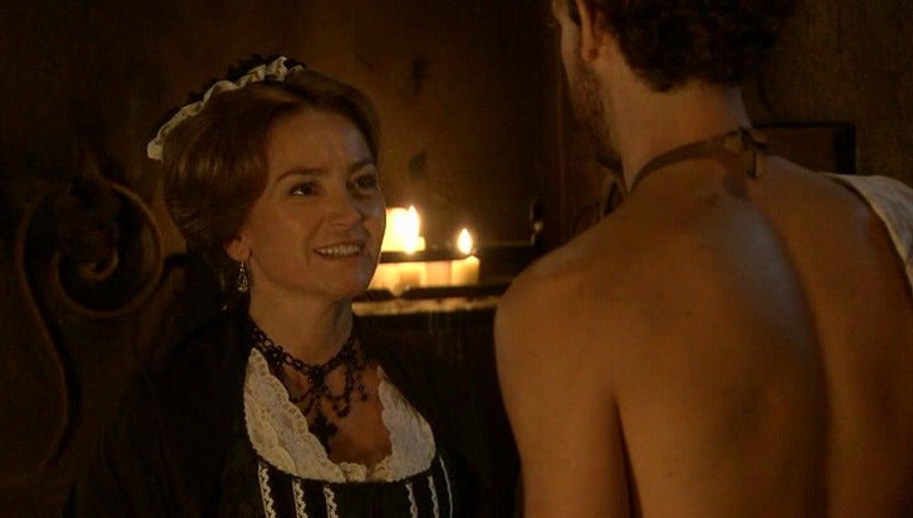 Doña Carlota sigue acosando a Andrés