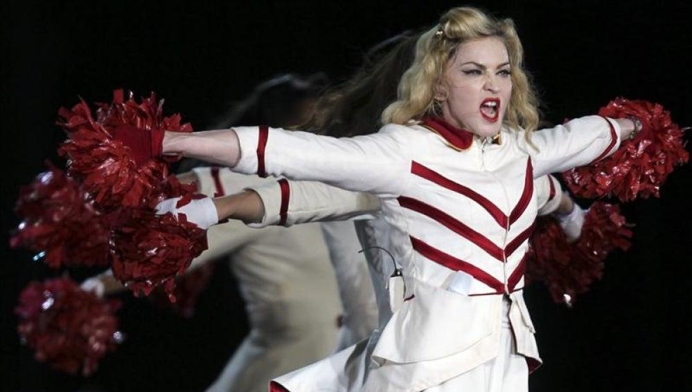 Madonna en uno de sus conciertos de la gira 'MDNA'.