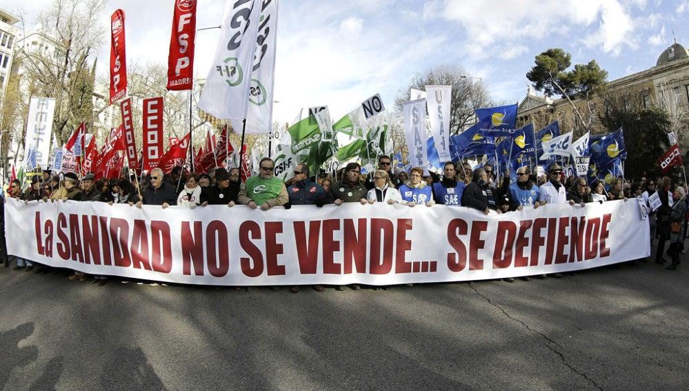 Segunda 'marea blanca' en 2013 para evitar la privatización de la sanidad