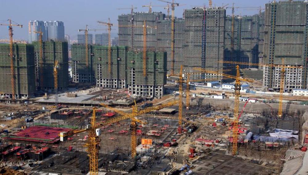 Vista general de la construcción de edificios en el este de China