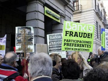 Manifestación ante la sede de Bankia