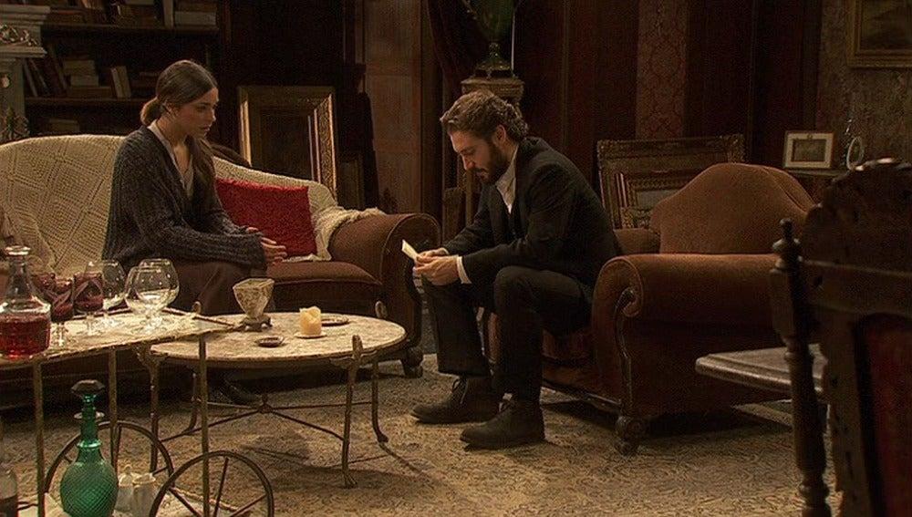 Mariana entrega la carta de Soledad a Tristán