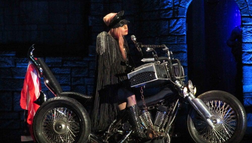 Lady Gaga vuelve a dar la nota