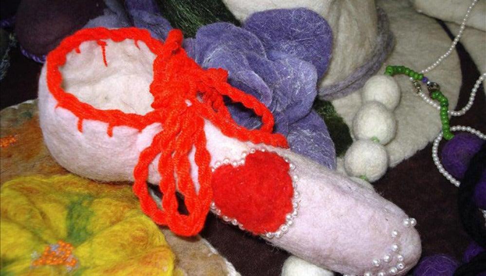 Ejemplar del tradicional 'cubrepene' de lana.