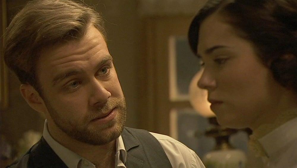 Fernando convence a María para que le pida a Gonzalo que oficie su boda