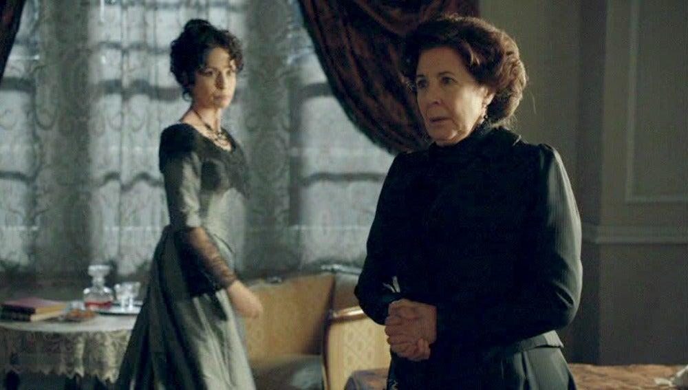 Ángela y Doña Teresa