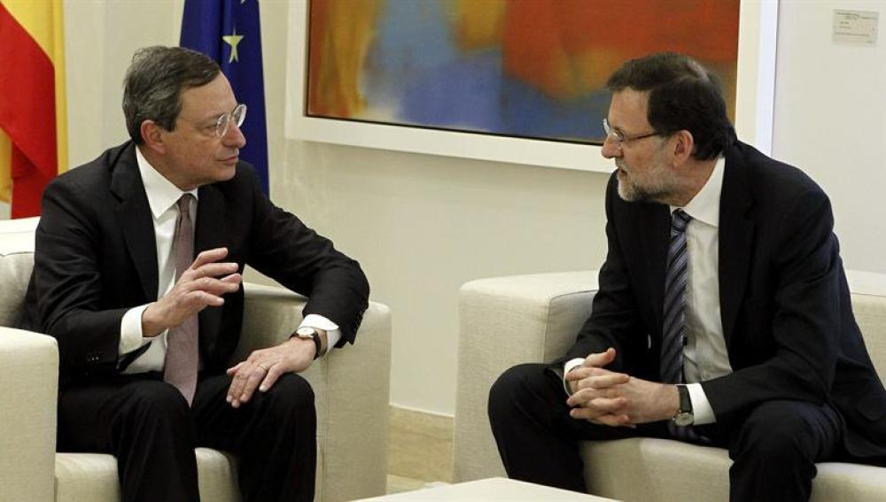 Mario Draghi durante su encuentro con Mariano Rajoy