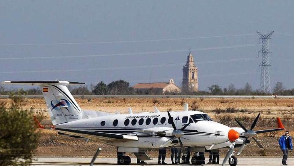 AENA realiza los primeros vuelos de prueba en el aeropuerto de Castellón