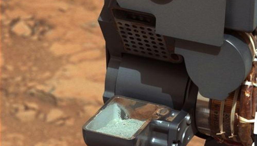 Curiosity ha obtenido las primeras muestras del interior de una roca marciana