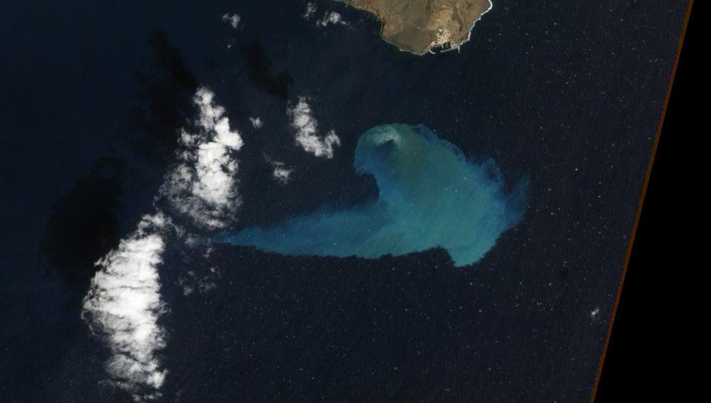 La erupción de El Hierro, candidata a imagen del año de la NASA