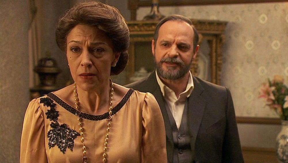 """Raimundo a Francisca: """"Si quieres dejar de sufrir muere conmigo"""""""
