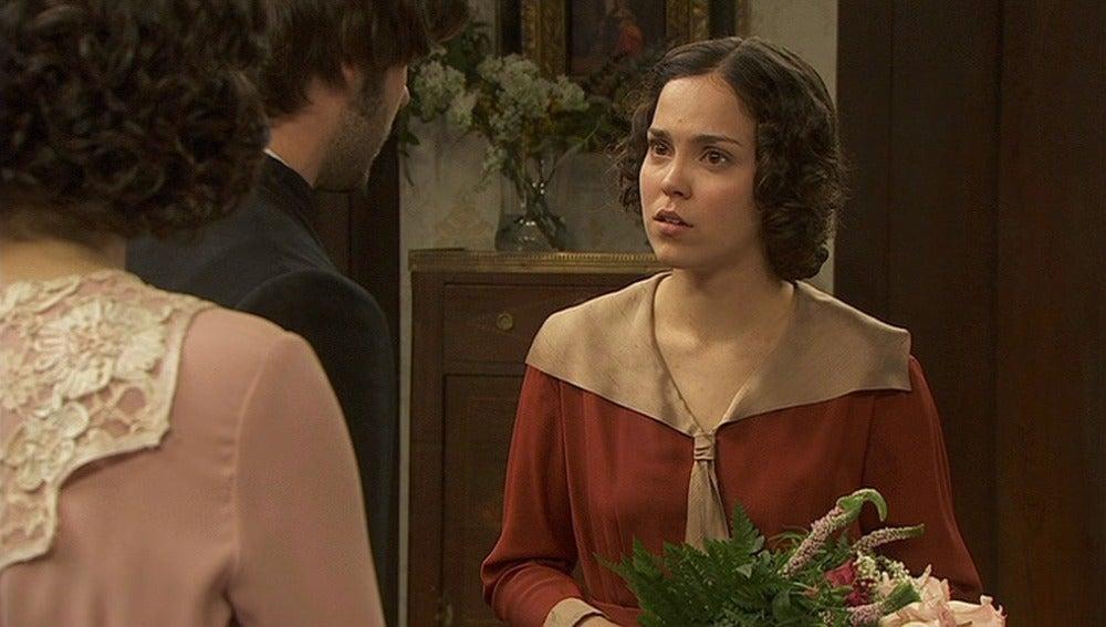Gonzalo le cuenta a Aurora que el cuerpo de Pepa nunca apareció
