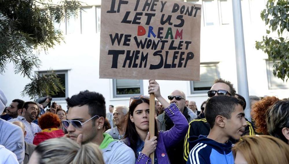 Manifestaciones en Chipre contra los ajustes