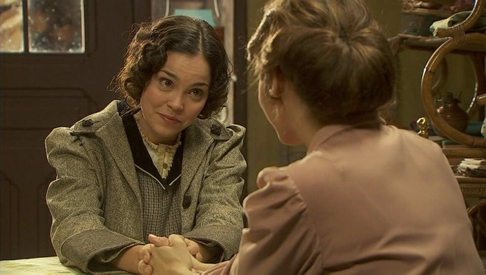 Aurora habla con Emilia sobre Pepa