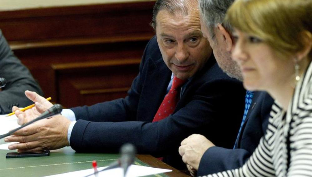 El portavoz de la Comisión de Economía, Vicente Martínez-Pujalte