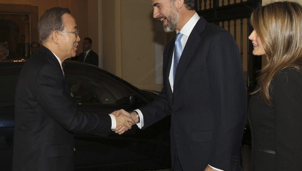 Los Príncipes reciben a Ban Ki-moon