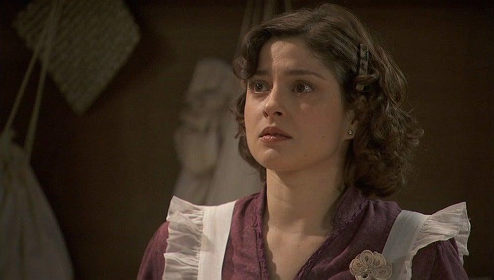 Candela descubre que Fransisca es la nueva dueña de la confitería