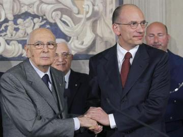 Letta junto a Napolitano tras comunicarle la lista del nuevo Ejecutivo.