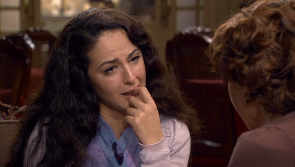Roberta cuenta su pasado a Belén
