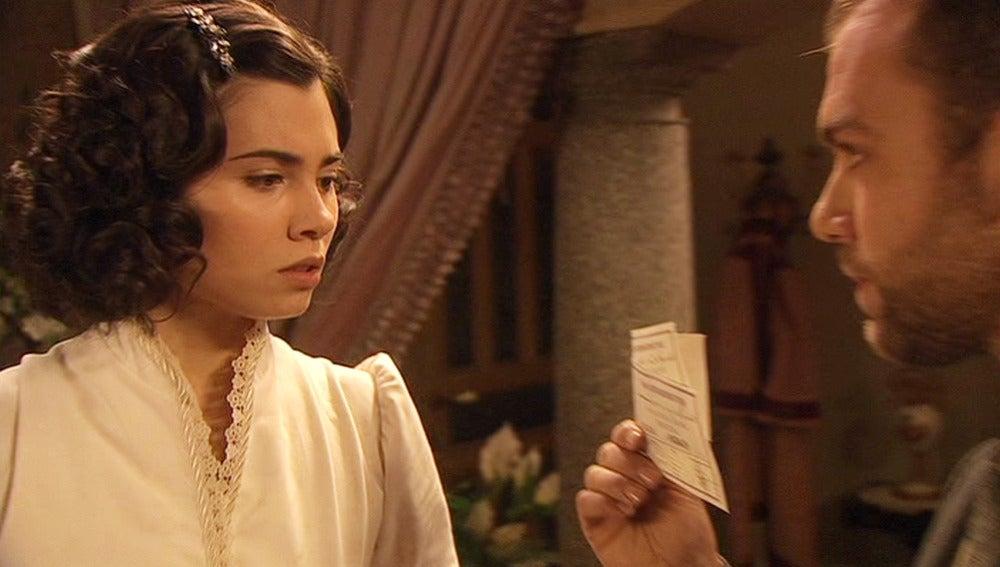 Fernando encuentra los billetes de huida de María y Gonzalo
