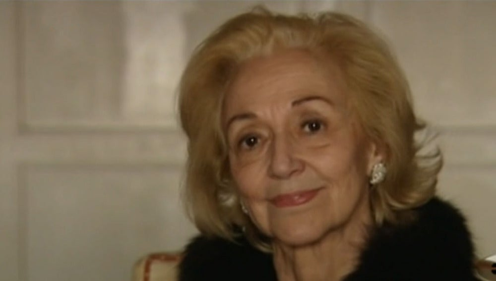 Mónica, anciana con alzheimer