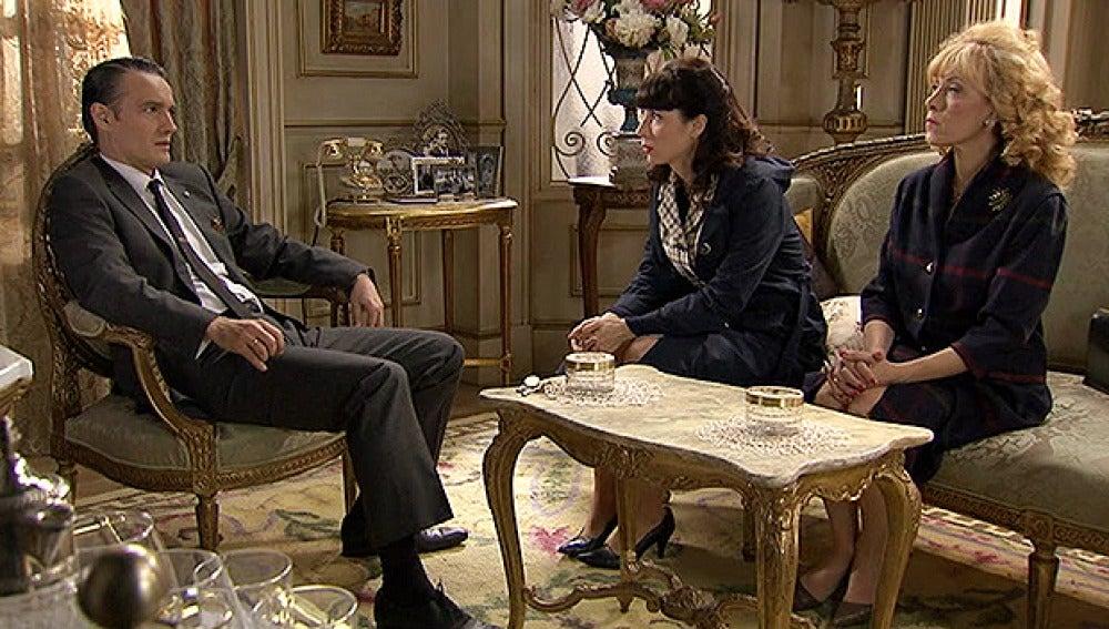 Arturo, Inés y Pía