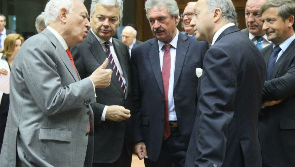 García-Margallo conversa con sus homólogos Didier Reynder, Jean Asselborn, Laurent Fabius y  KArl Erjavec