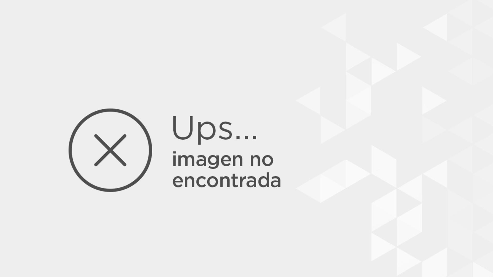 Spiderman hace un descanso para jugar al baloncesto