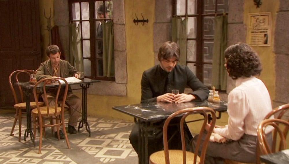 Fernando pone a prueba a María y Gonzalo