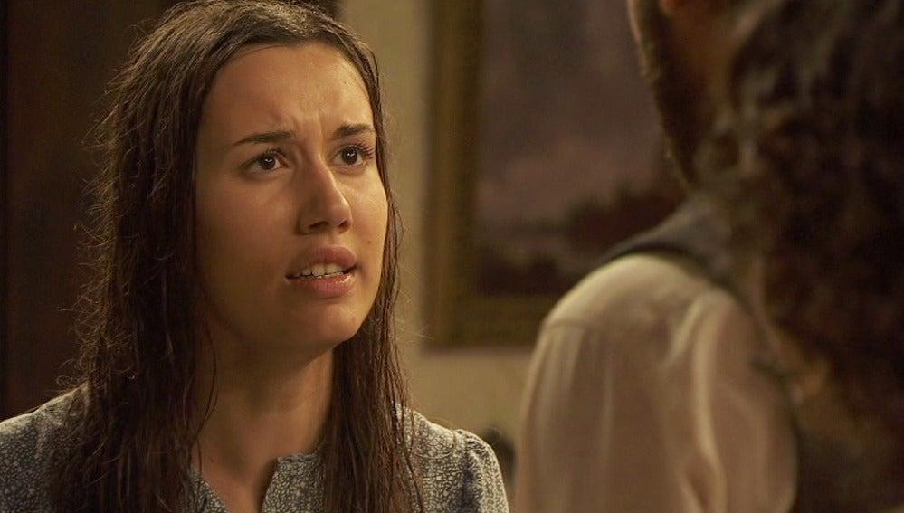 Carmen le confiesa a Tristán que ella es su verdadera hija