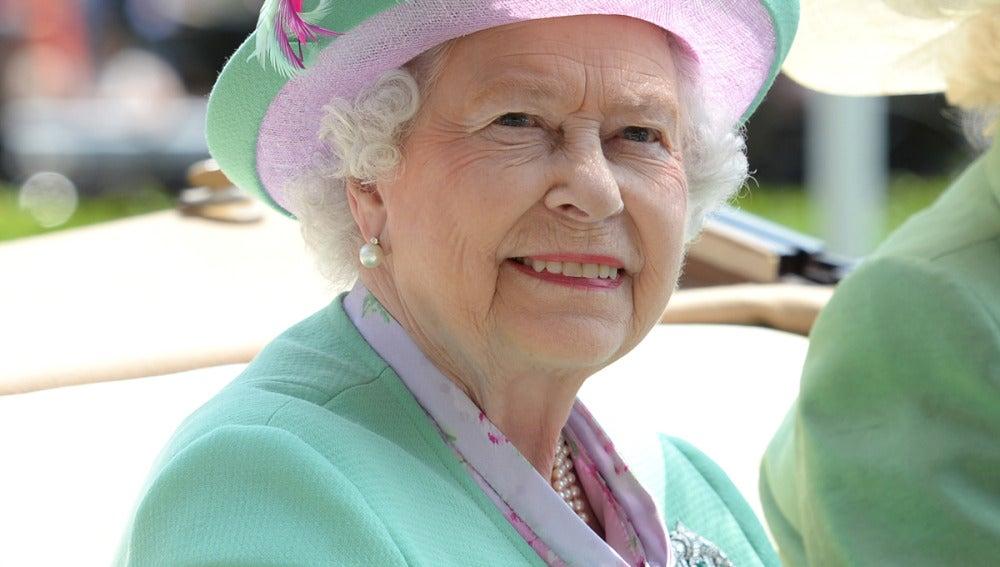 La reina Isabel II en el Royal Ascot 2013