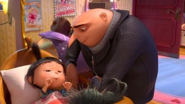 Gru da las buenas noches a Agnes