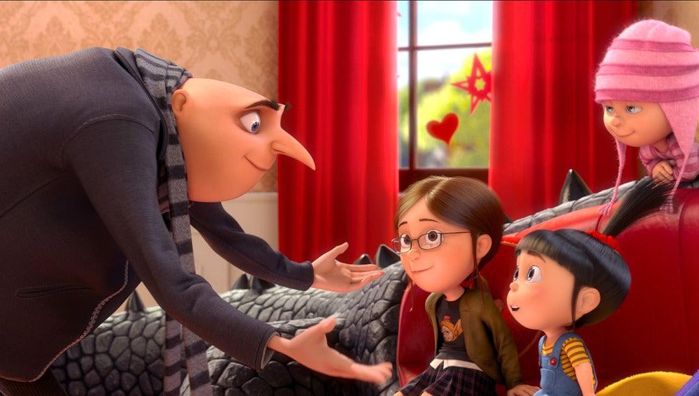 Gru y sus tres hijos: Margo, Edith y Agnes