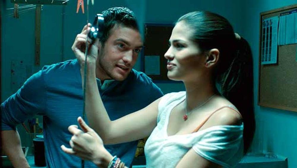 Raúl Mérida y Sara Sálamo en 'Tres 60'