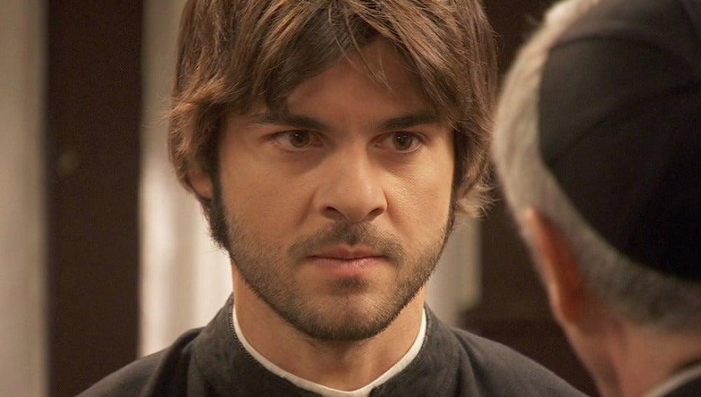 Don Celso intenta convencer a Gonzalo de que abandone Puente Viejo