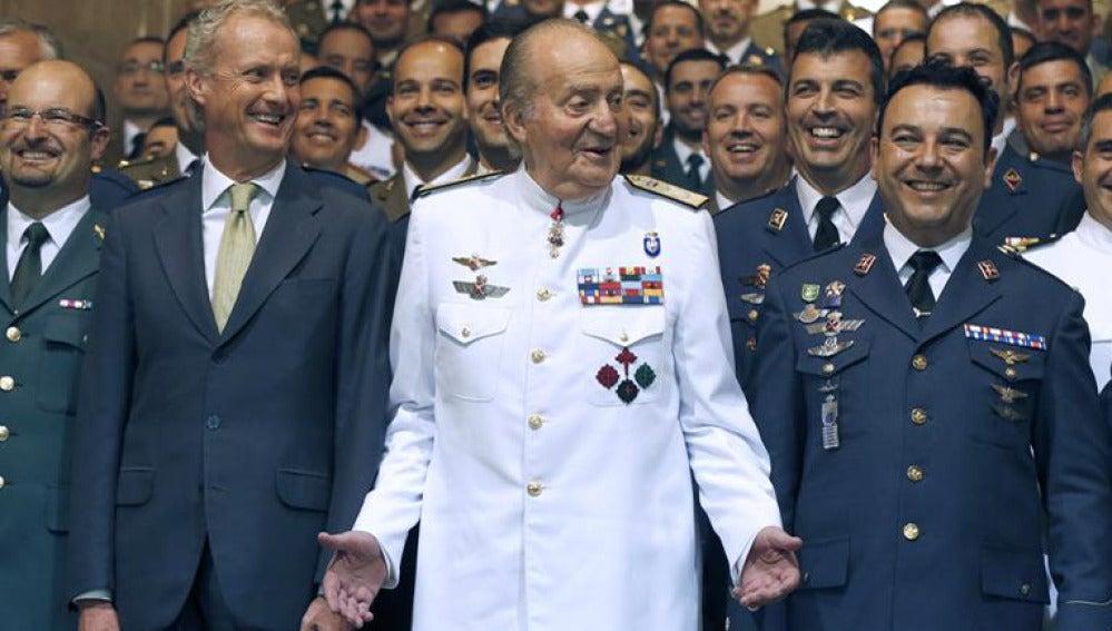 El Rey durante la clausura del Curso de Estado Mayor