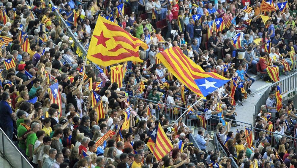 Concierto independentista en el Camp Nou