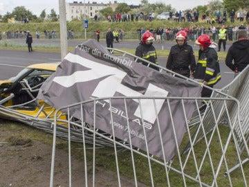 Casi 20 heridos por el atropello de un coche deportivo durante una exhibición en Polonia