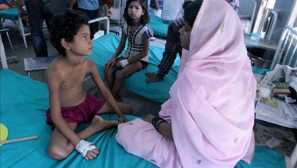 NIños enfermos en La India